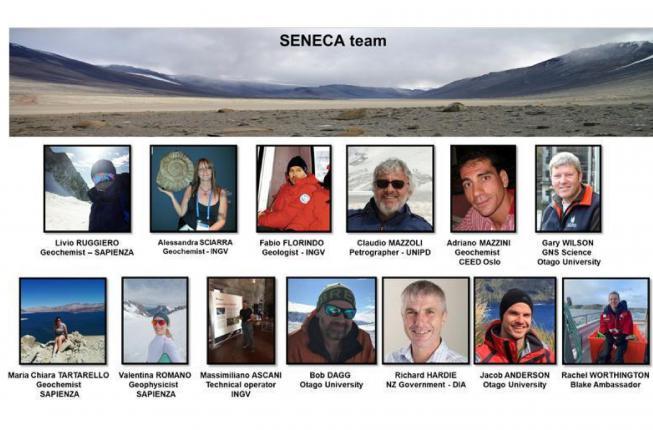 Collegamento a Il Prof. Claudio Mazzoli in Antartide con il team di ricercatori del progetto SENECA